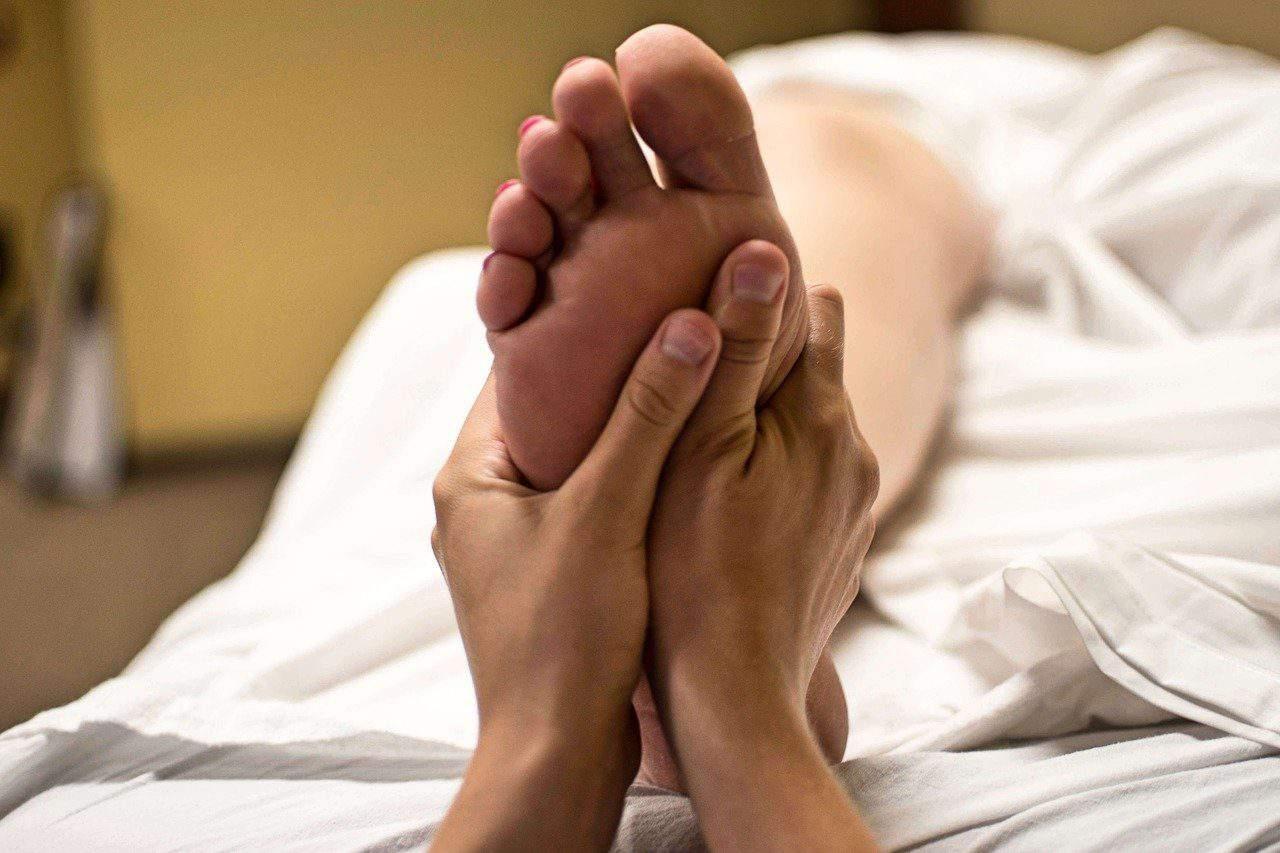 foot reflexology is an important part of a Balinese massage